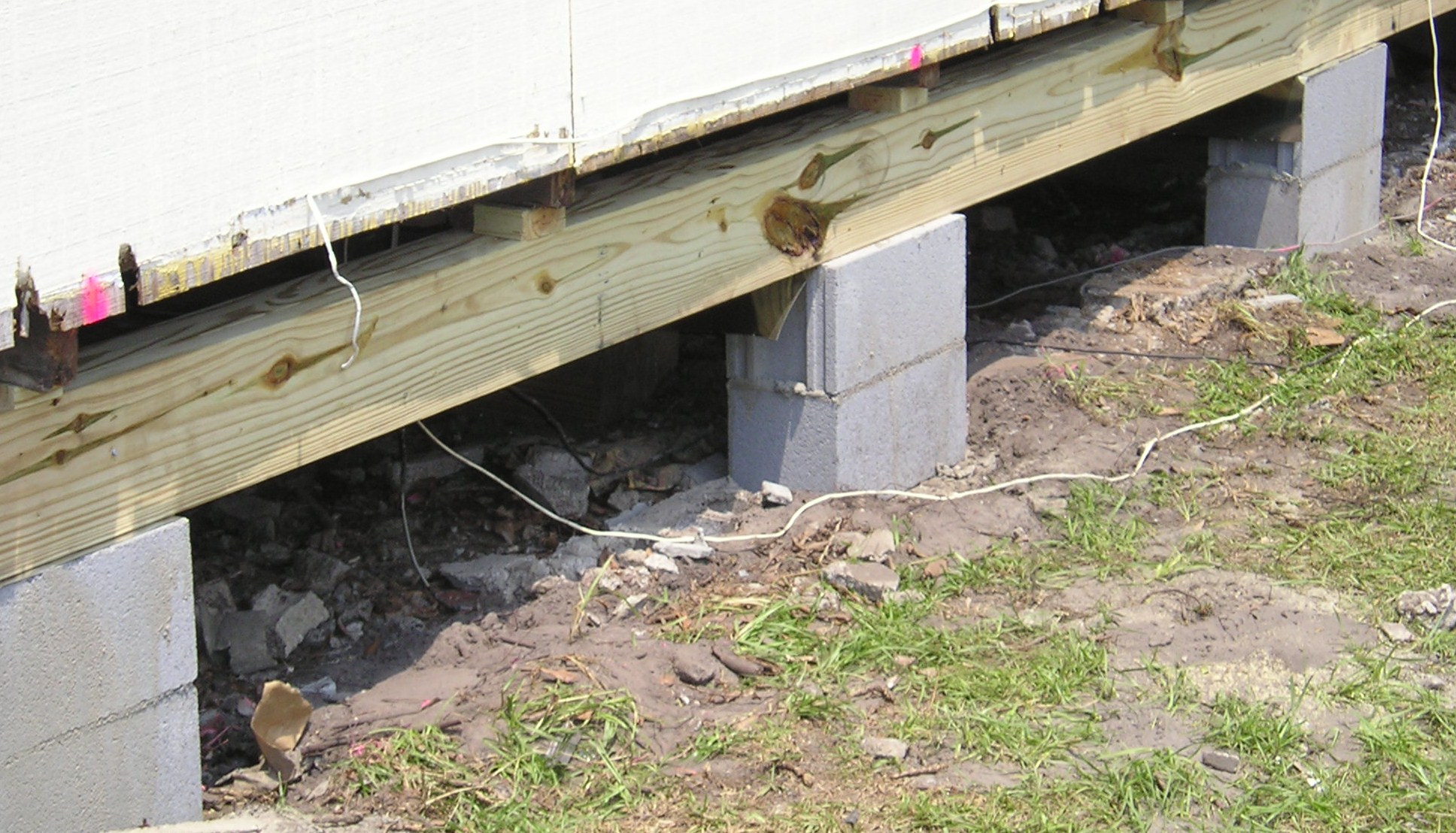 Pier and beam foundation repairs for Old house foundation types